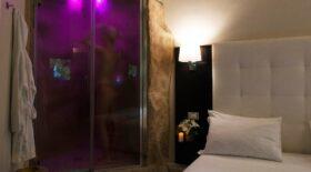 roman-holidays-boutique-emotional-shower